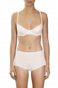 Off-white cotton underwired bra and hit panties