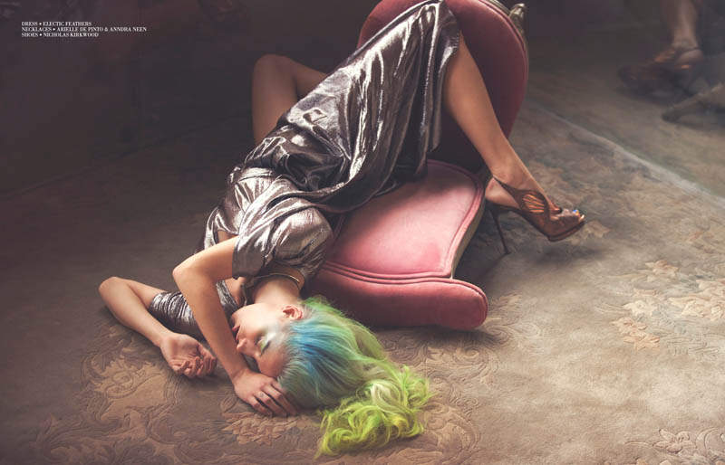 inspiration-pink-girl_female-power_Chloe-Norgaard_photo- David-Bellemere_gravure-magazine